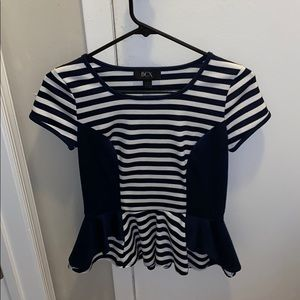 Fitted flare out top